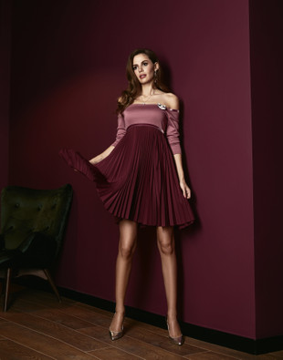 Lilac plisse dress with open shoulders, Lilac, XS, Above the knee